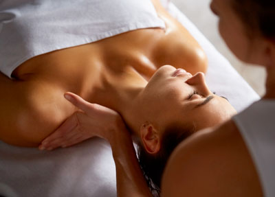 revelles-et-sens-bien-etre-massage-californien
